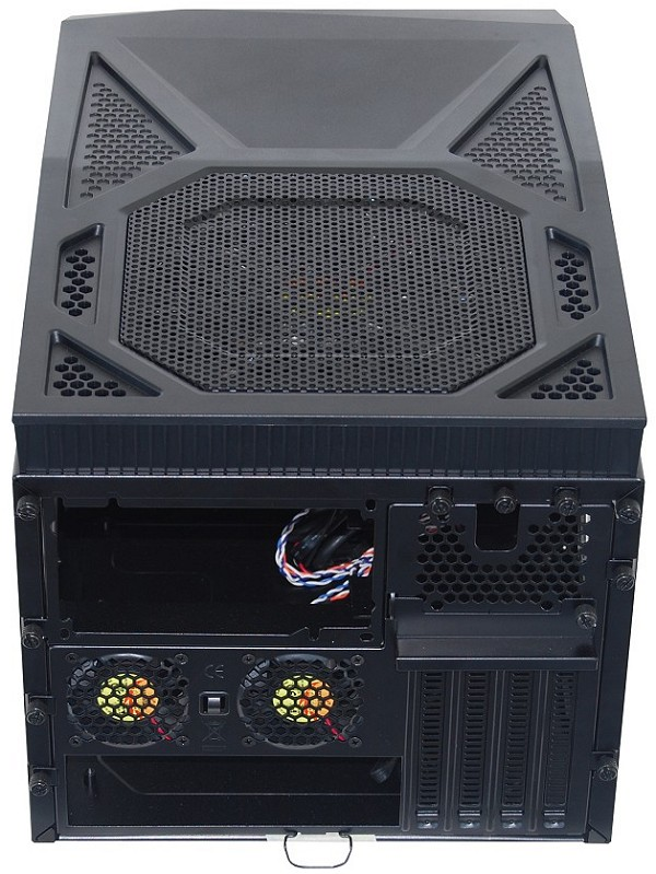 Корпус Thermaltake Armor A30 Mini Tower